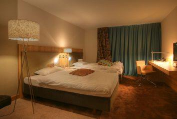 Peters Leuchtenhersteller für Hotels Mövenpick Hotel - Regensdorf