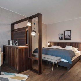 Peters Leuchten Liberty Hotel Bremerhaven