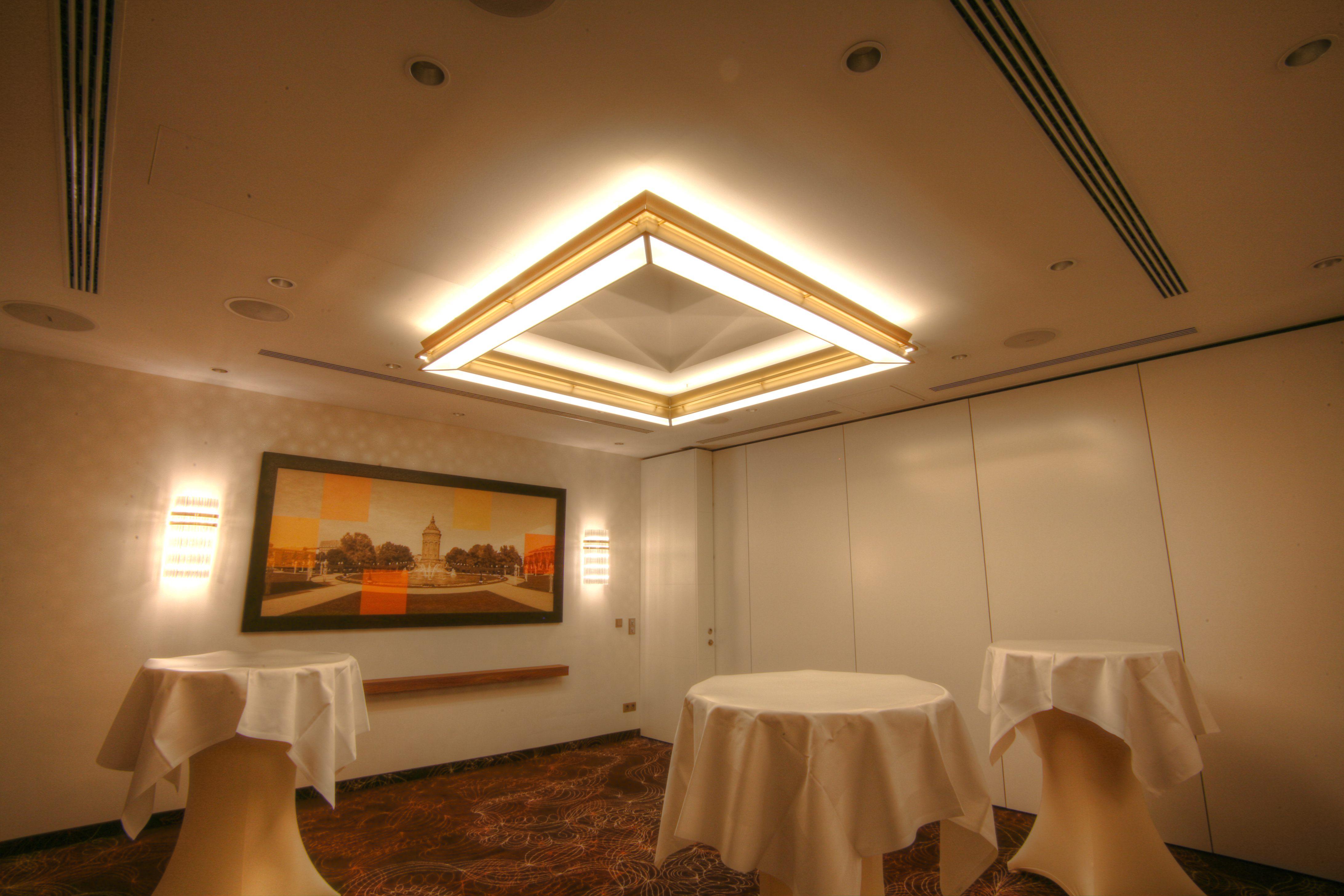 Leuchten Best Western Plus Delta Park Hotel - Mannheim