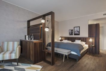 Hotelzimmer Beleuchtung in The Liberty Hotel - Bremerhaven