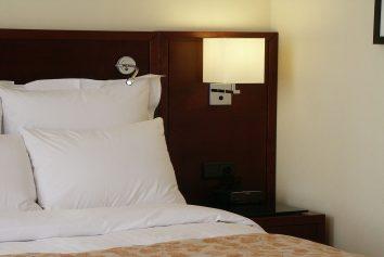 Hotelzimmerbeleuchtung von Peters Leuchten